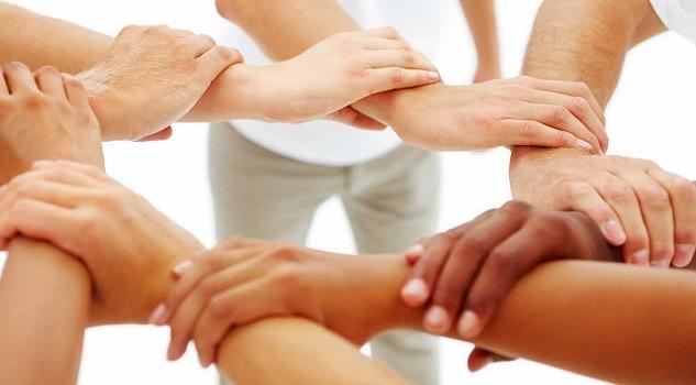 O mână de ajutor