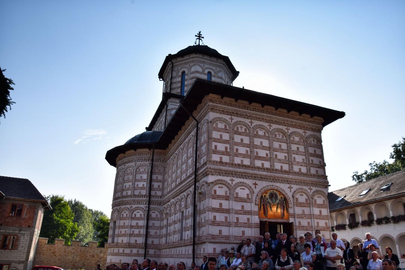REPORTAJ: Mănăstirea Mihai Vodă de la Turda, locul în care istoria se împletește cu rugăciunea