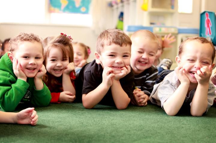 Consiliere pentru părinții ai căror copii merg pentru prima dată la grădiniță
