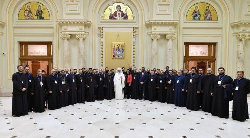 Patriarhul României: Ora de religie și cateheza trebuie să își găsească împlinirea în Sfântul Potir