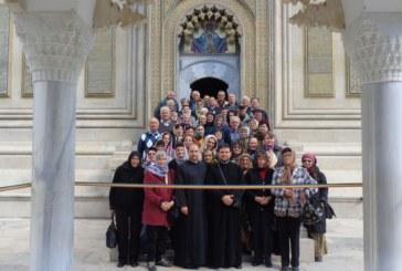 """Credincioșii  Parohiei  """"Sfântul Dumitru"""" din Florești, în pelerinaj la mănăstirile din Oltenia"""