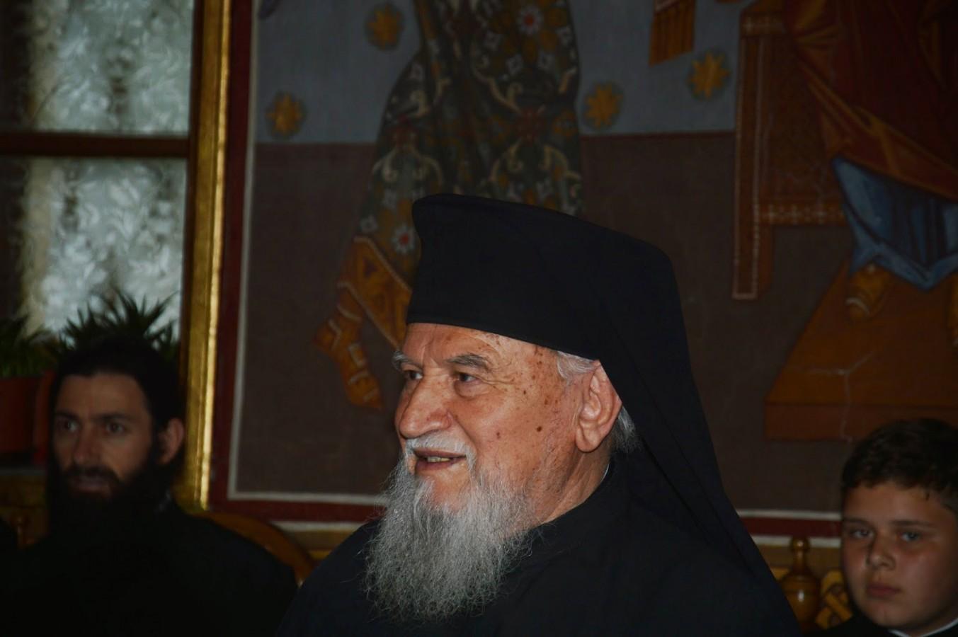 Părintele Arhim. Mihail Goia, fostul stareț al Mănăstirilor Nicula și Toplița a trecut la cele veșnice
