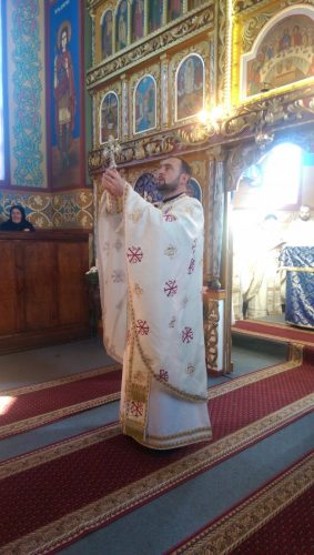 Slujire și comemorare în parohia Apahida