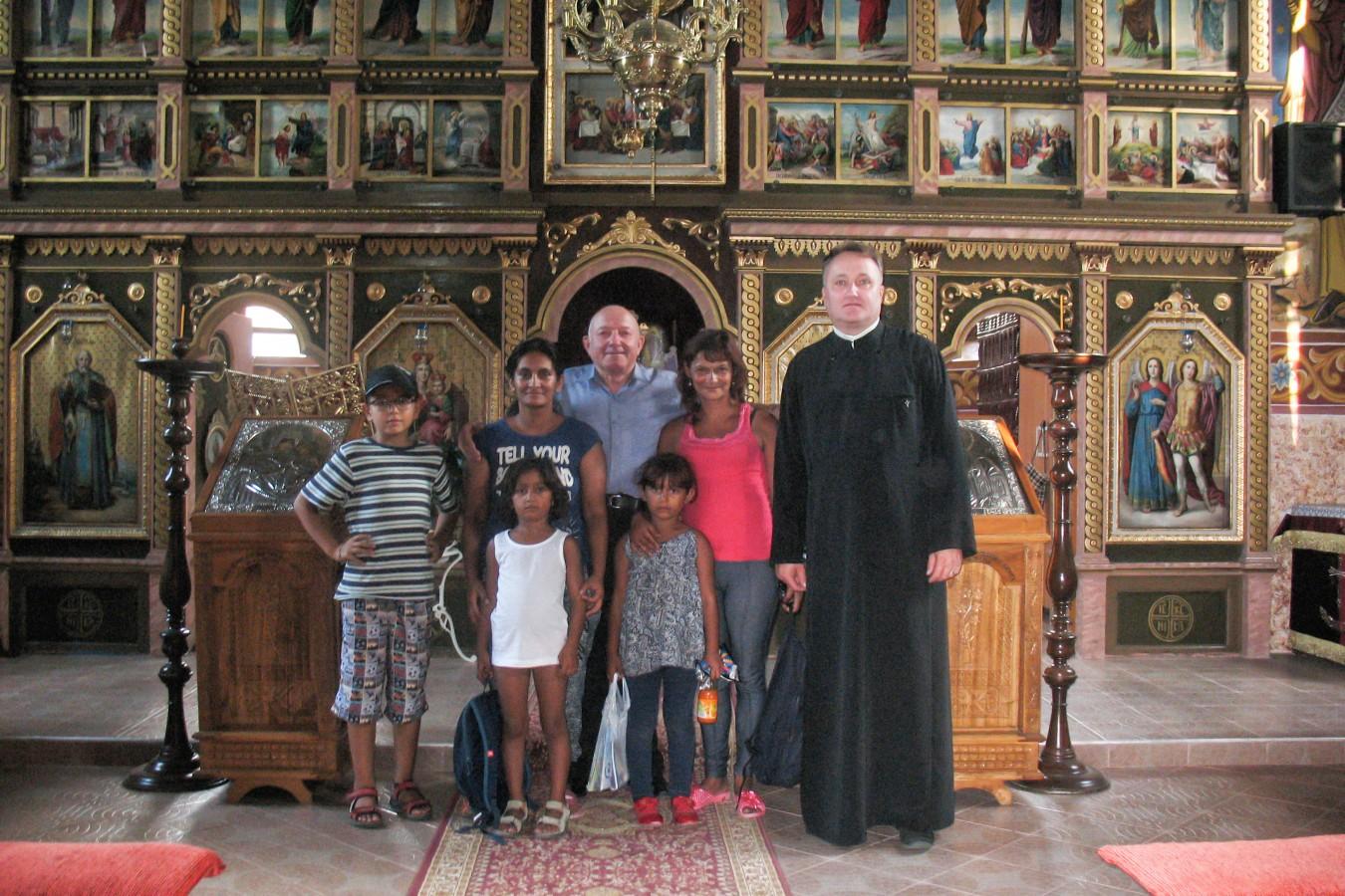 Program catehetic pentru copiii romi, în parohia Chintelnic