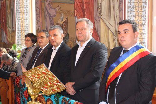 Mitropolitul Clujului, prezent la sărbătoarea satului bistrițean Căianu Mare