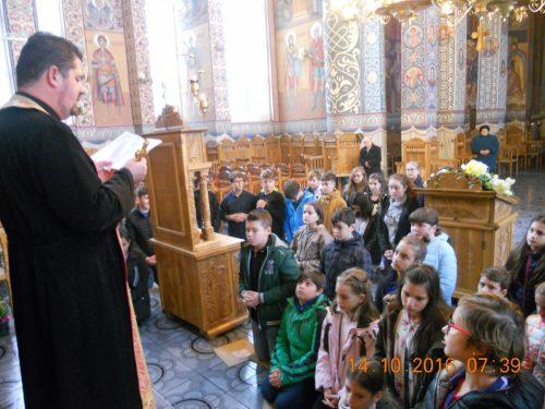 Sfânta Parascheva, iubită și cinstită de elevii clujeni