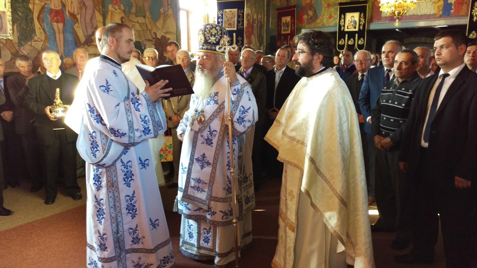 Mitropolitul Andrei al Clujului, prezent la sărbătoarea satului Boju