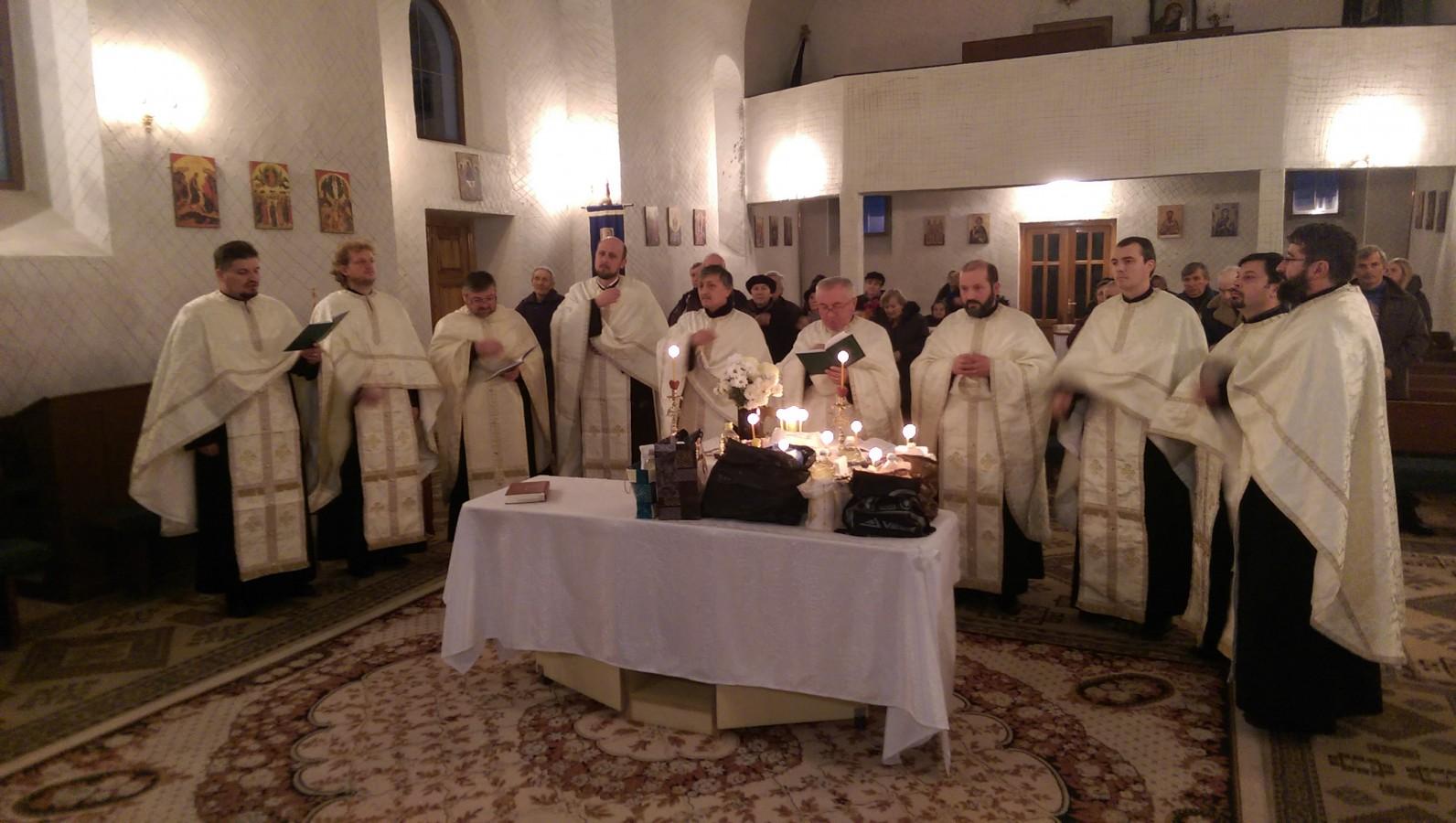 Întâlnire duhovnicească în parohia Pata, înainte de începerea postului Crăciunului