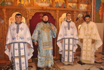 Liturghie arhierească în Parohia Bocșița