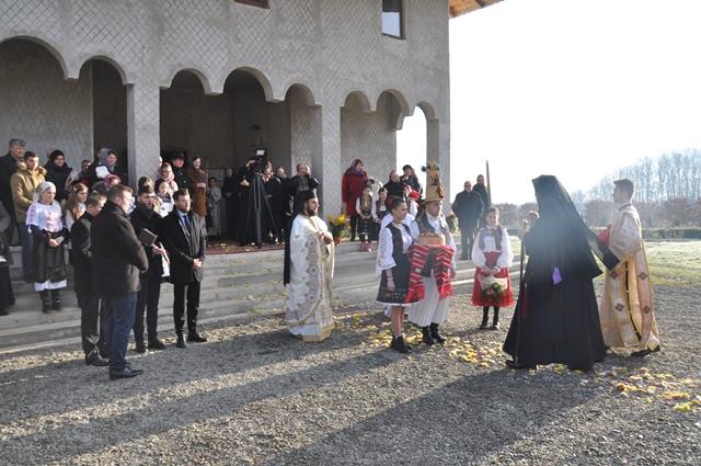 Târnosirea paraclisului de iarnă al Mănăstirii Bobota