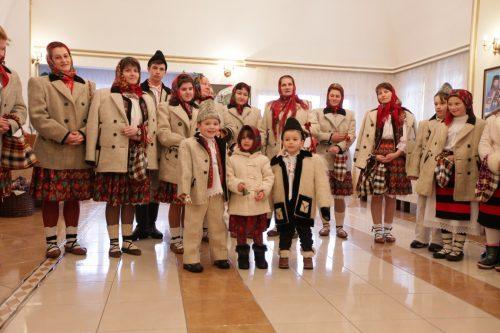 Grupuri de colindători la Centrul Eparhial din Baia Mare
