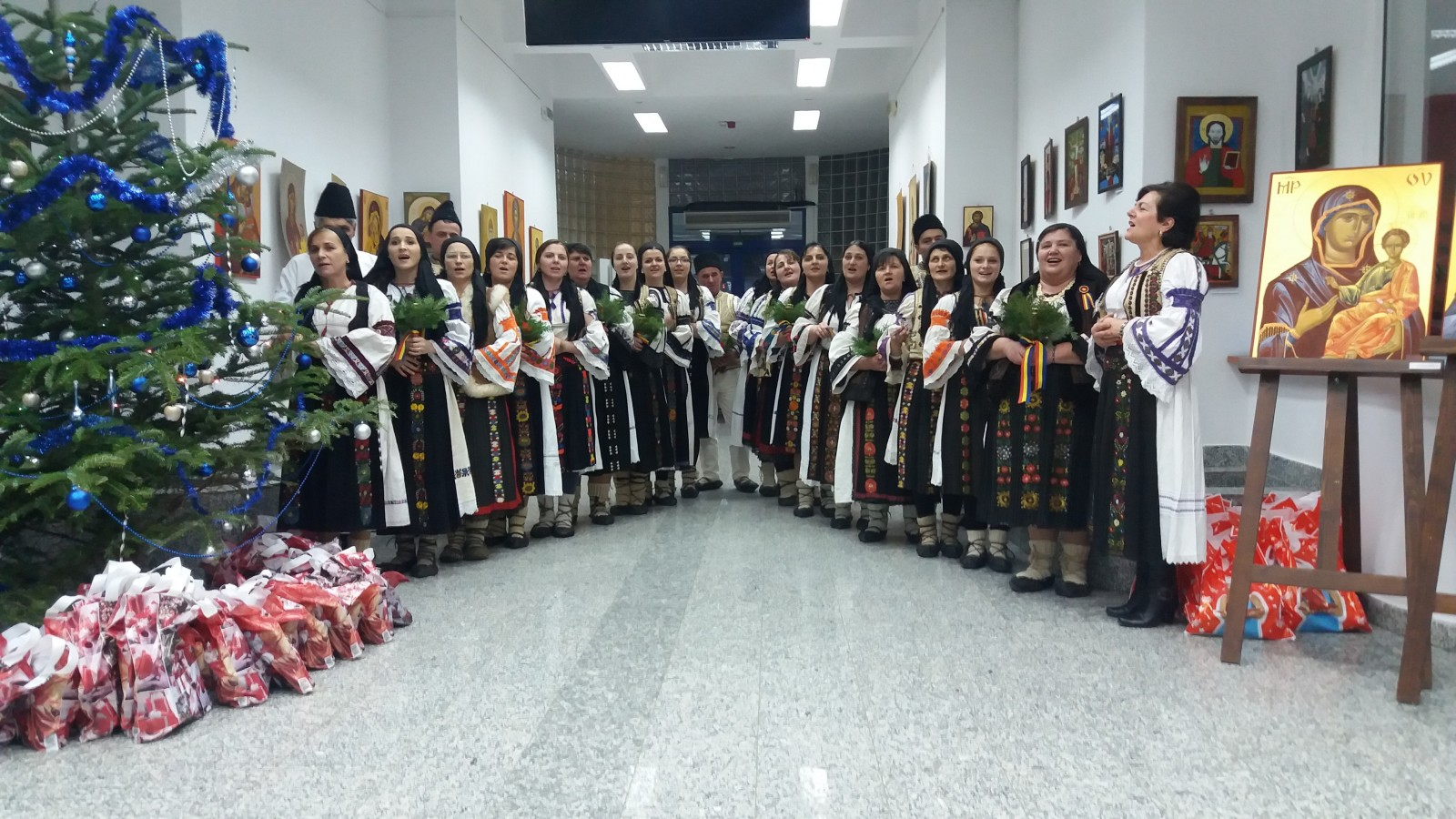 Colindători din Răchițele, la Cluj-Napoca
