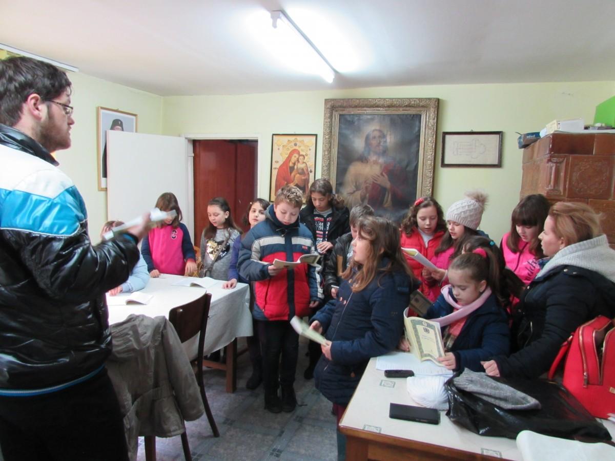 Liturghia explicată copiilor, în parohia Adormirea Maicii Domnului