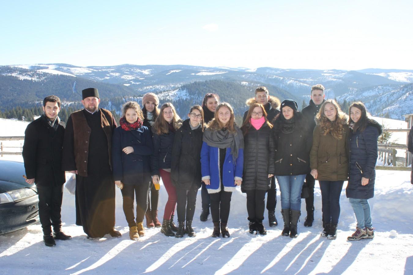 Grupul vocal Oremus al Seminarului Teologic Ortodox din Cluj-Napoca, în misiune la Măguri