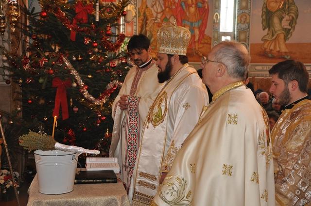 """Sărbătoarea Botezului Domnului la biserica """"Pogorârea Sfântului Duh"""" din Zalău"""