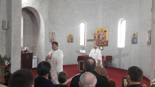"""Slujire și misiune în Parohia ,,Sfântul Ierarh Nectarie"""" din Municipiul Dej"""