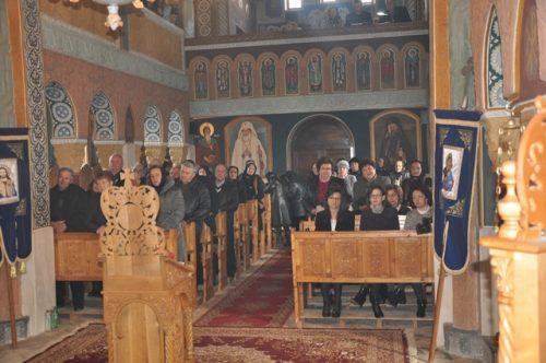 Sărbătoarea Izvorului Tămăduirii la Parohia Ciumărna