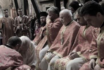 Mitropolitul Clujului a săvârșit rânduiala spălării picioarelor din Joia Mare