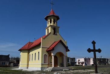 Biserica parohiei misionare Bonțida-Șator a fost târnosită de ÎPS Andrei