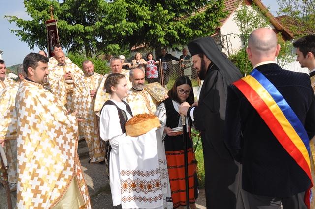 Prezență Arhierească în Parohia Solona