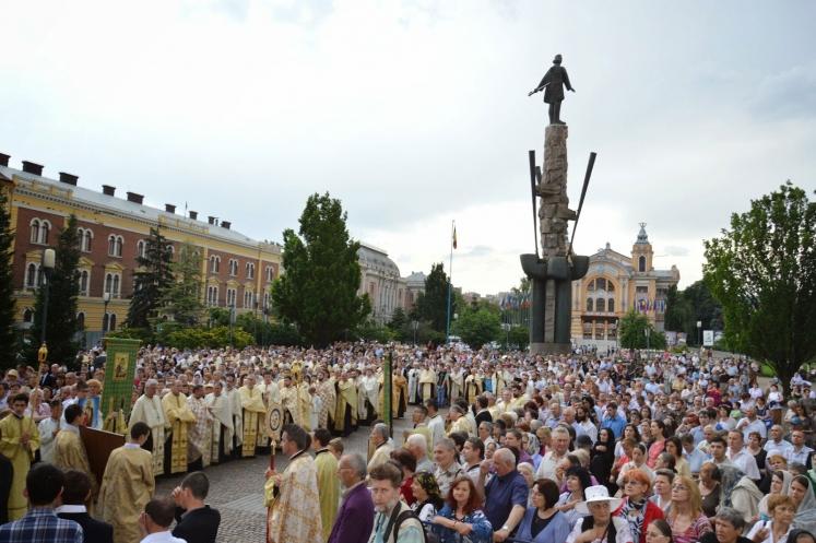 Procesiuni de Rusalii la Cluj-Napoca, Baia Mare și Gherla