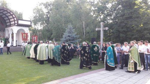 """Bucuria comuniunii, împărtășită la ,,Procesiunea Bucuriei de Rusalii"""", organizată la Dej"""
