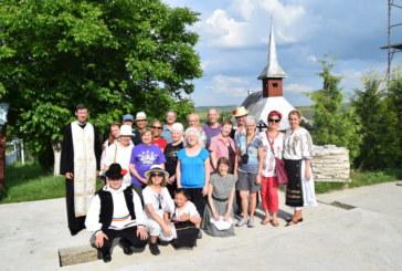 Turişti străini în Parohia Berchieşu
