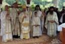 """Mii de credincioși, la hramul Mănăstirii """"Sfinții Apostoli Petru și Pavel din Țara Năsăudului"""