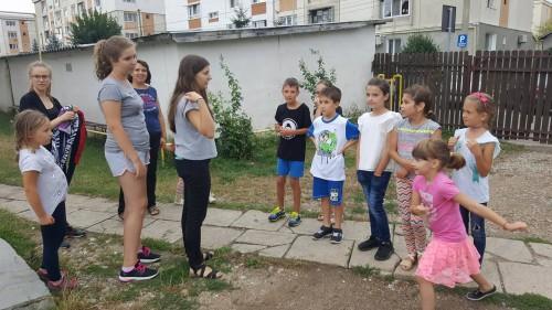 """Tabără pentru copii, organizată de Asociatia """"Agapis"""" a parohiei """"Sf. Arhidiacon Ștefan"""" din Cluj-Napoca"""
