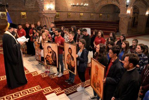 O sută de tineri din Episcopia Maramureșului și Sătmarului au plecat spre Iași pentru a participa la ITO 2017