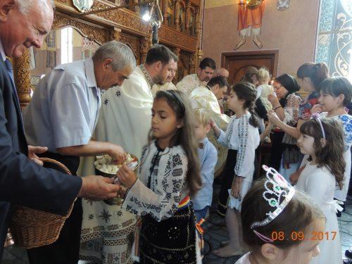 """Întânirea fiilor Parohiei """"Nașterea Domnului"""" din Cluj-Napoca"""