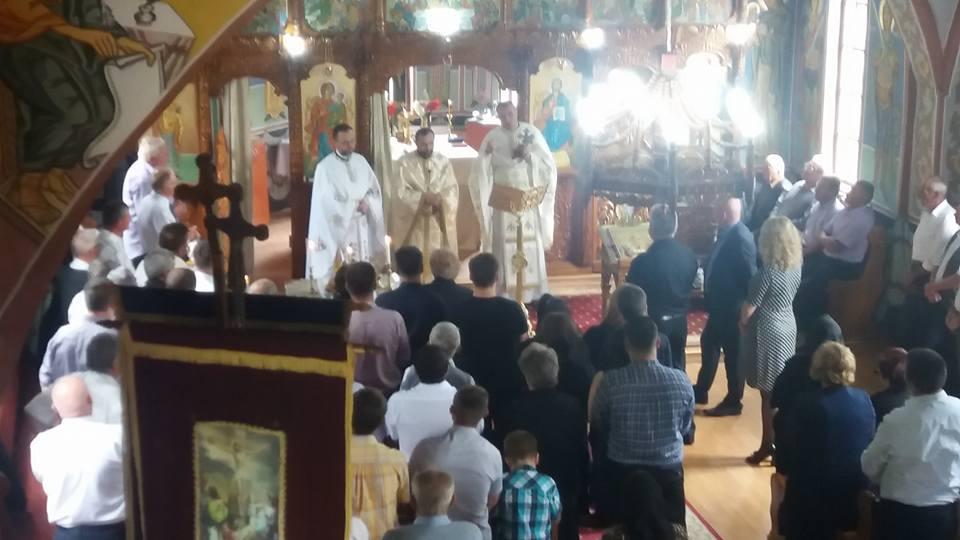 Instalarea noului preot paroh în localitatea clujeană Vâlcele