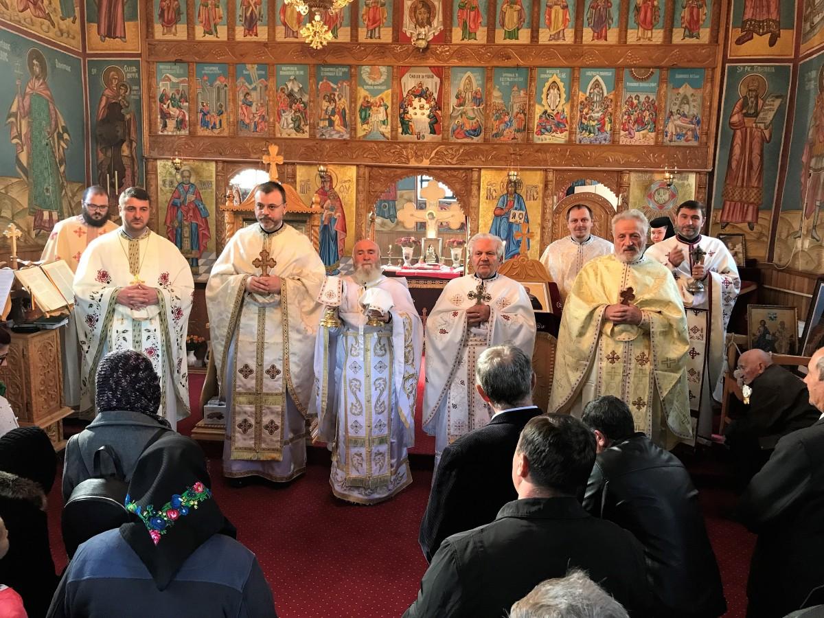 Cercul pastoral din vecinătatea Cetăţii Ciceului, în rugăciune la Mănăstirea Breaza – Suciu de Sus
