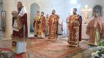 """Liturghie Arhierească la hramul bisericii """"Sfântul Mare Mucenic Dimitrie"""", din Baia Mare"""