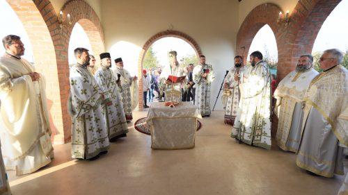 """PS IUSTIN: """"Sfânta Cuvioasă Parascheva a fost o candelă aprinsă a credinţei"""""""