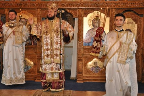 Biserica parohiei Boian, resfințită de Preasfințitul Părinte Petroniu
