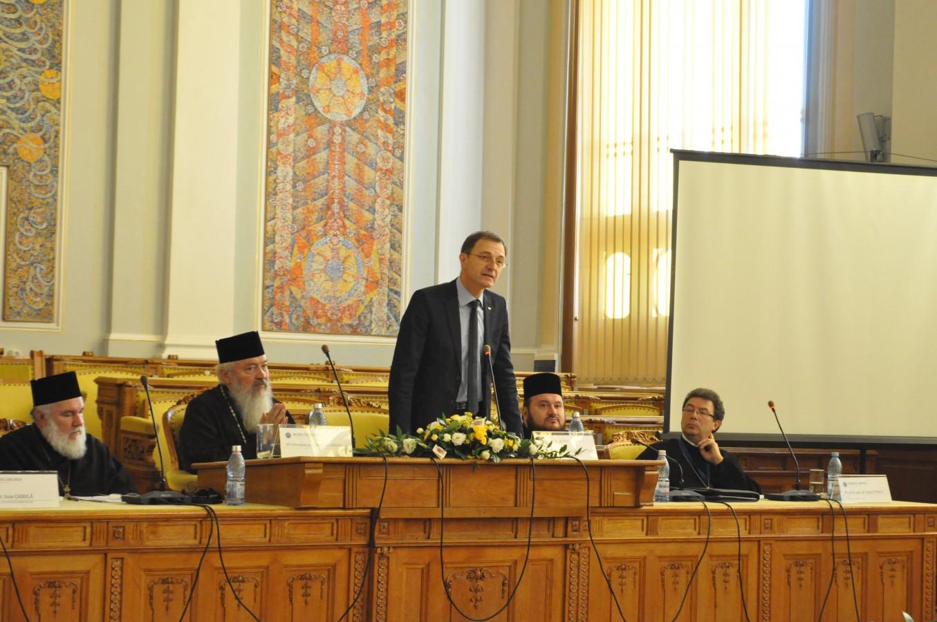 """Simpozionul internațional """"Icoană, mărturie creștină, totalitarism"""", la Facultatea de Teologie Ortodoxă din Cluj"""