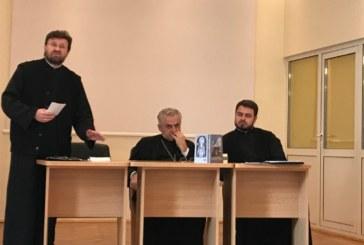 Preoții clujeni, îndemnați să intensifice activitățile cu tinerii în Postul Crăciunului