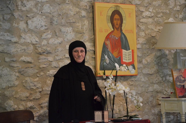 """Întâlniri cu Maica Siluana Vlad organizate de Parohia """"Sf. Mina"""" şi A.S.C.O.R. Cluj"""