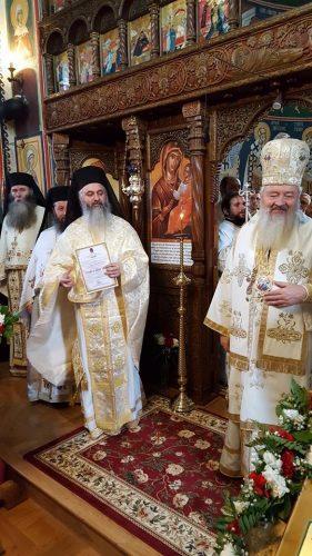 """Mitropolitul Clujului, la hramul Mănăstirii """"Sfântul Ierarh Spiridon"""" de la Strâmba"""