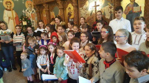 """Naşterea Domnului, vestită de copii în cadrul proiectului """"Liturghia şi şcoala duminicală"""""""