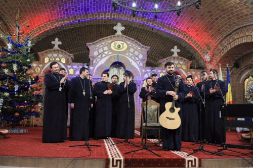 """Concertul de colinde """"Sus la poarta Raiului"""", în Catedrala Episcopală din Baia Mare"""