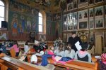 """Ornamente și decorațiuni de Crăciun la Parohia Ortodoxă """"Sfinții Arhangheli Mihail și Gavriil"""", din Dumbrăveni"""