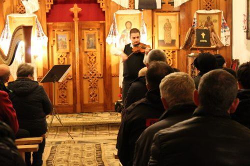 """Concert caritabil de colinde în parohia clujeană """"Sfinţii Ioachim şi Ana"""""""