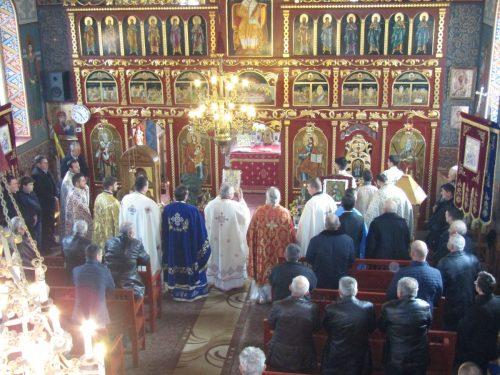 Sfântul Apostol Andrei, sărbătorit în parohia Budești-Fînațe