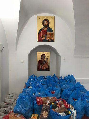 Persoanele nevoiașe din Bistrița au primit daruri de sărbători