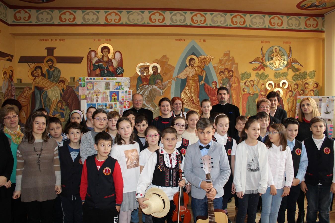 """Sfântul Nicolae, prăznuit la Școala clujeană """"Constantin Brâncuși"""""""