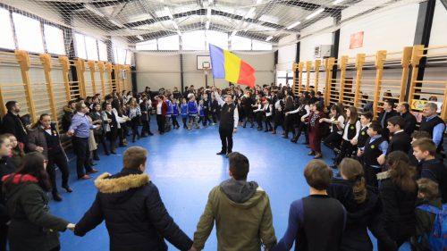 """Hramul Liceului Teologic Ortodox """"Nicolae Steinhardt"""" din Satu Mare"""