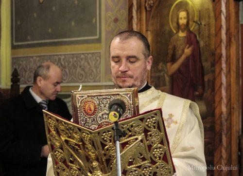 """Hramul bisericii """"Sfinții Trei Ierarhi"""" din Bistrița, sărbătorit în prezența IPS Andrei"""