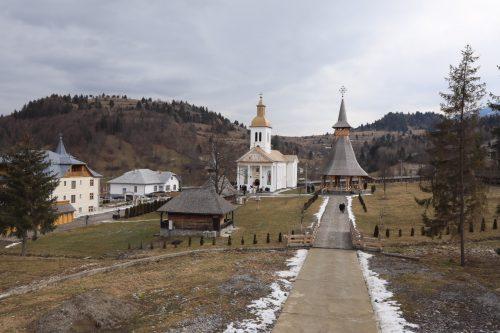 Hramul de iarnă al Mănăstirii Moisei